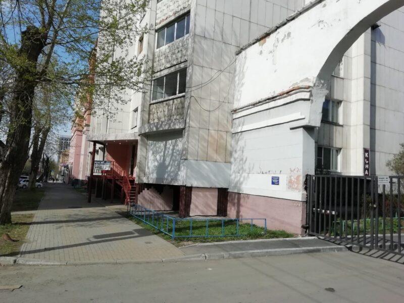ворота перед Советской 45